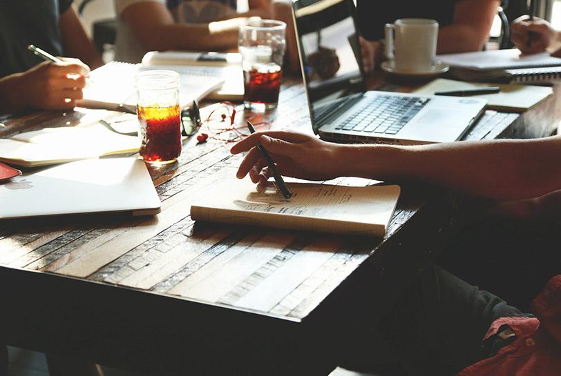 Meta moments: claves para un liderazgo con foco e inspirador - Brainstorming